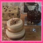 Small Wedding Cakes courtesy of aprilcakes.com